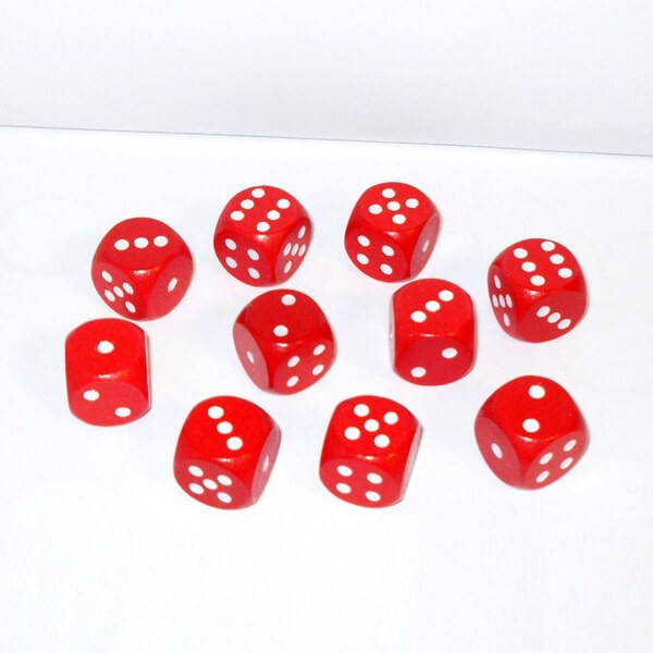 10 Würfel aus Ahornholz (16 mm), rot