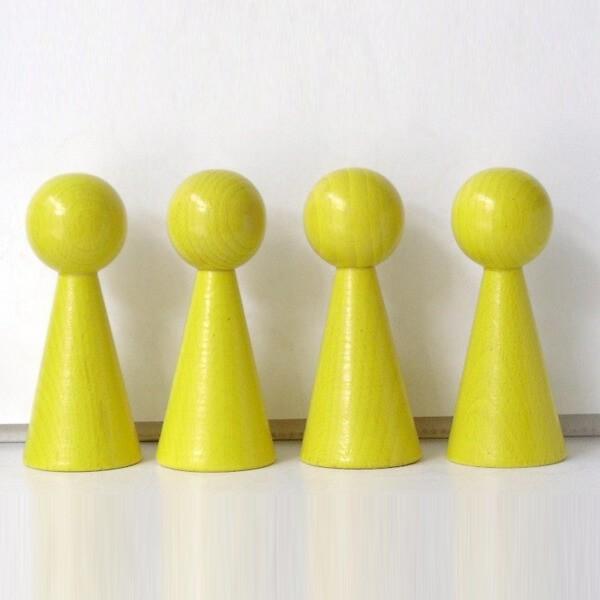 """4 Figurenkegel , Spielfigur , Halmakegel """"Gigant"""" aus Holz (100 mm), gelb"""