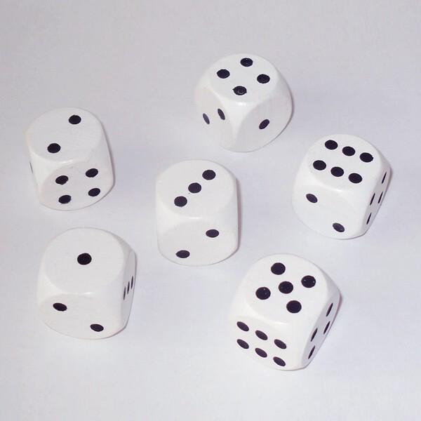 6 Würfel XL aus Ahornholz (20 mm), weiß