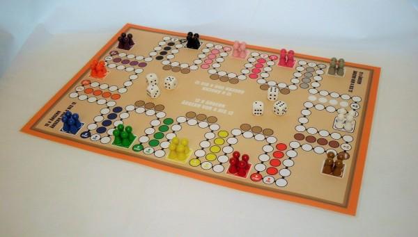 großes Ludo Spiel für 4 bis 12 Personen Spielplan 420 x 595 mm (A2) Brettspiel