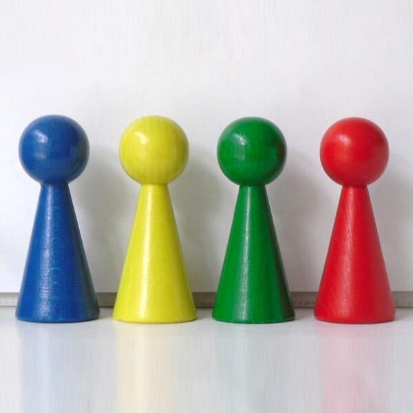 "4 Figurenkegel , Spielfigur , Halmakegel ""Gigant"" aus Holz (100 mm), 4 Farben"
