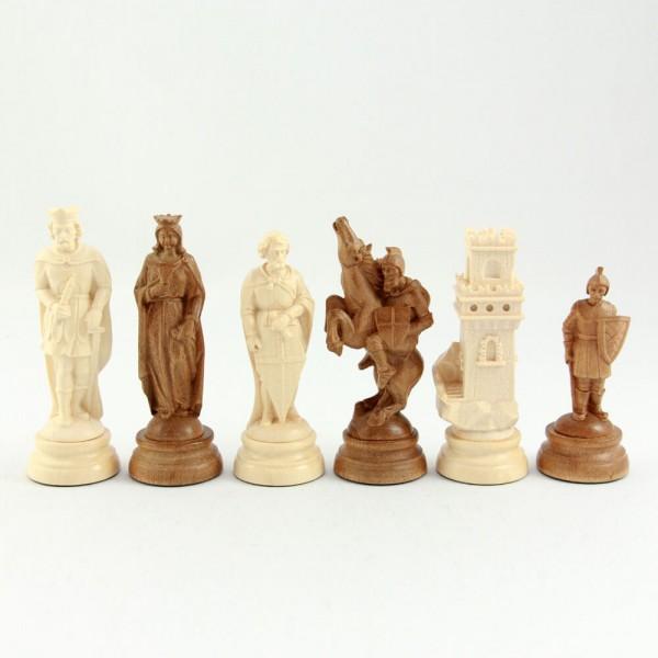 Schachfiguren aus Holz, geschnitzt, (K115)