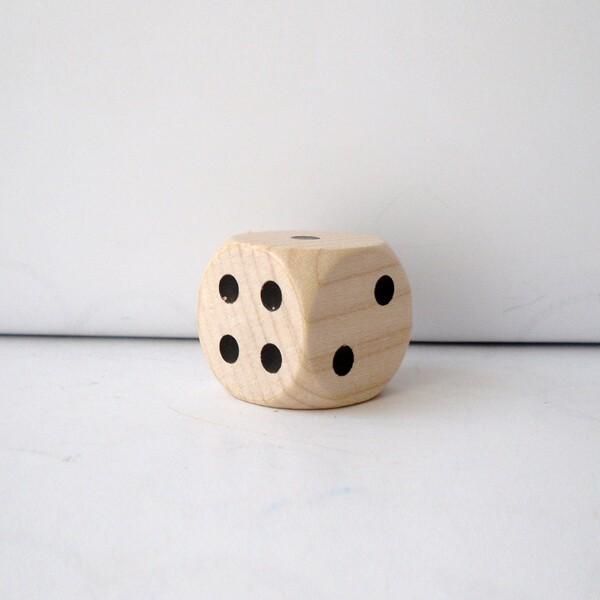 10 Jumbo-Würfel aus Ahornholz (30 mm), sortiert