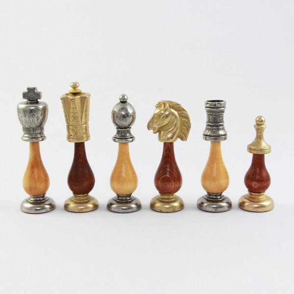 Schachfiguren aus Metall und Holz, (K102)