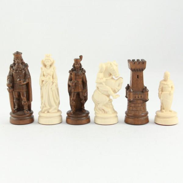 Schachfiguren aus Holz, aufwendig geschnitzt, (K100)