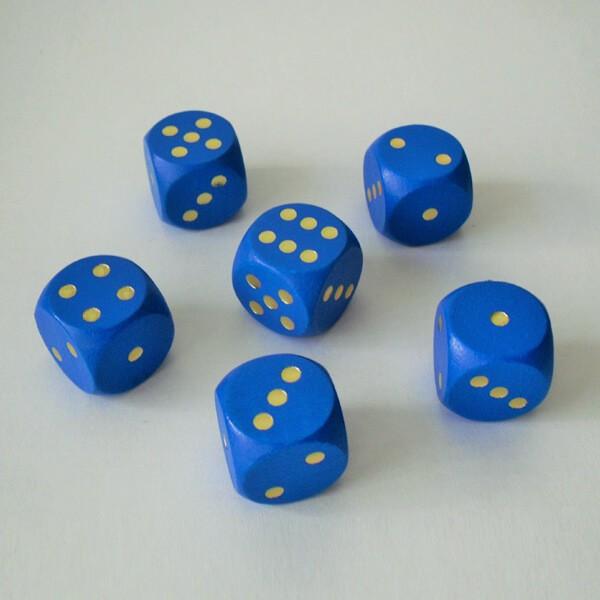 6 Würfel XL aus Ahornholz (20 mm), blau