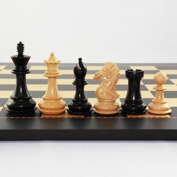 "Schachfiguren aus Holz ""Deluxe Staunton"", (K102)"