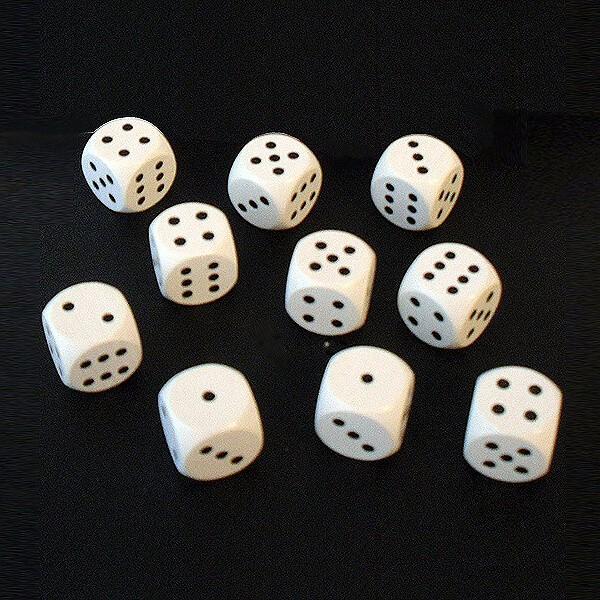 10 Würfel aus Ahornholz (16 mm), weiß